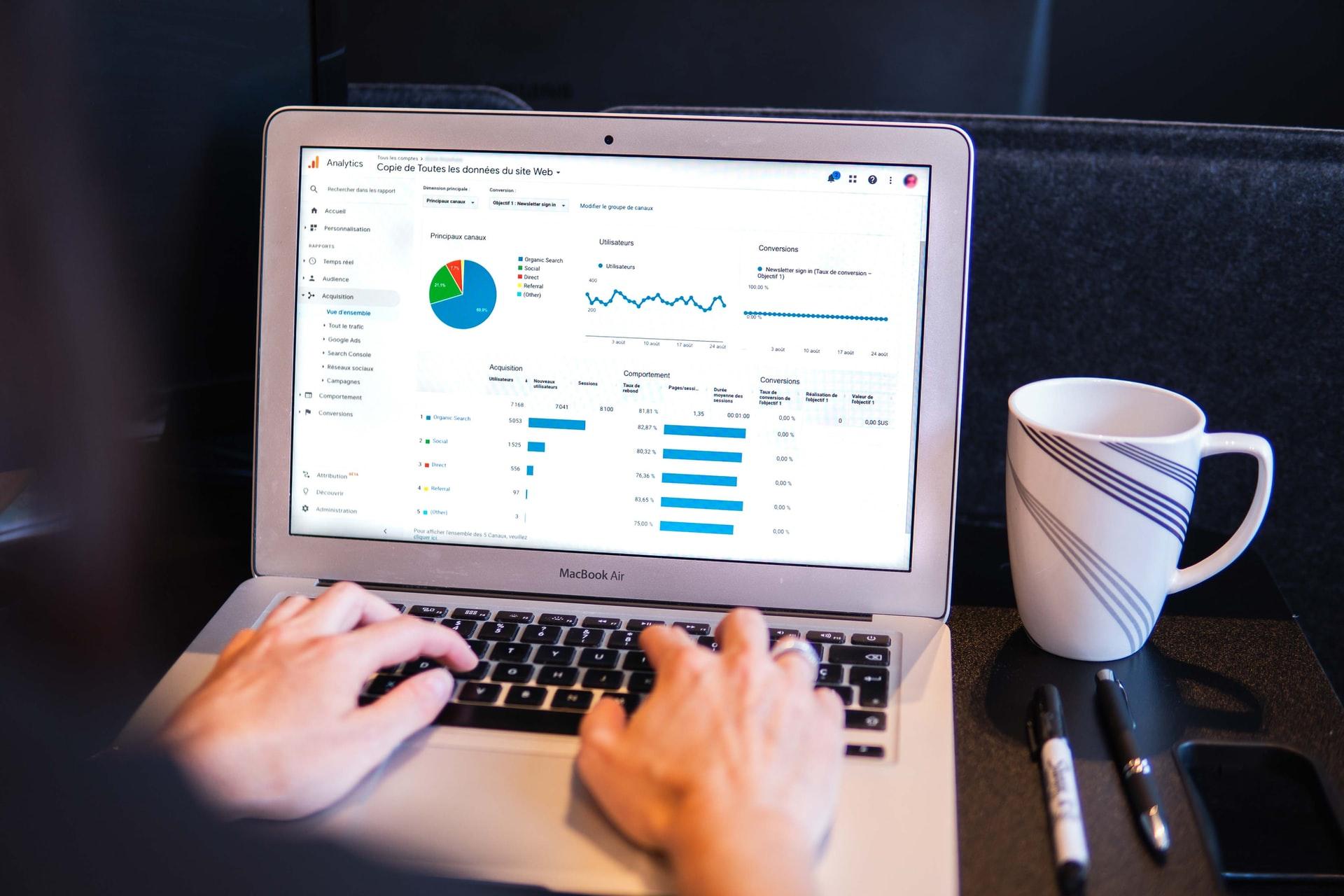 HRSimplified GENUS Data Driven HR
